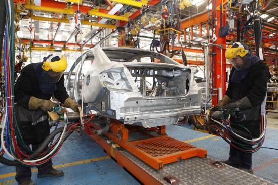 Industria automotriz rompe récord de producción y exportación en México