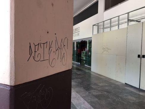 La Plaza Fray Andrés de Castro en Toluca víctima del vandalismo juvenil