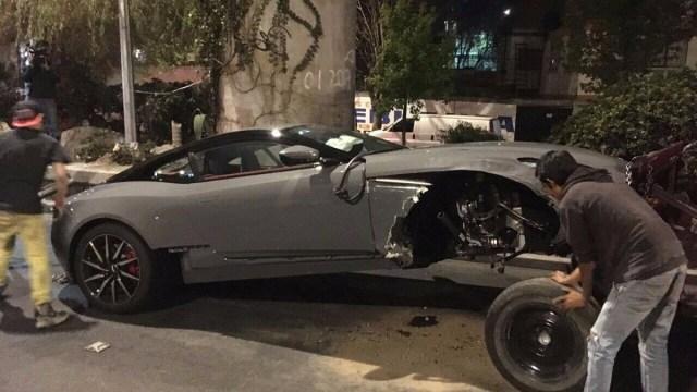 Dan a conocer el nombre del conductor del Aston Martin accidentado en la CDMX