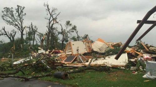 Tornado en Texas dejá  más de 30 muertos.