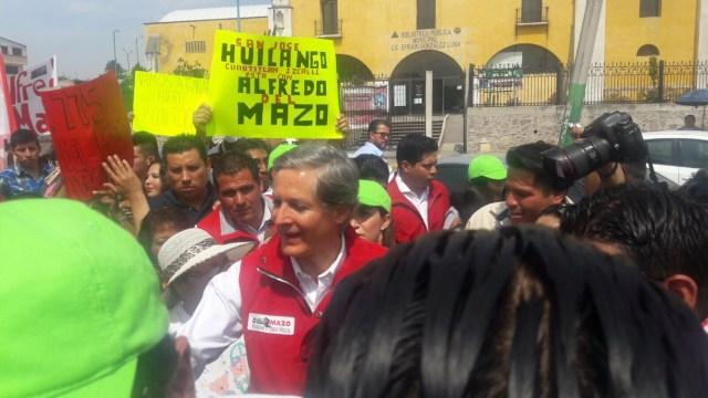 """Apoyo a las mujeres con """"Salario Rosa"""": Alfredo del Mazo"""