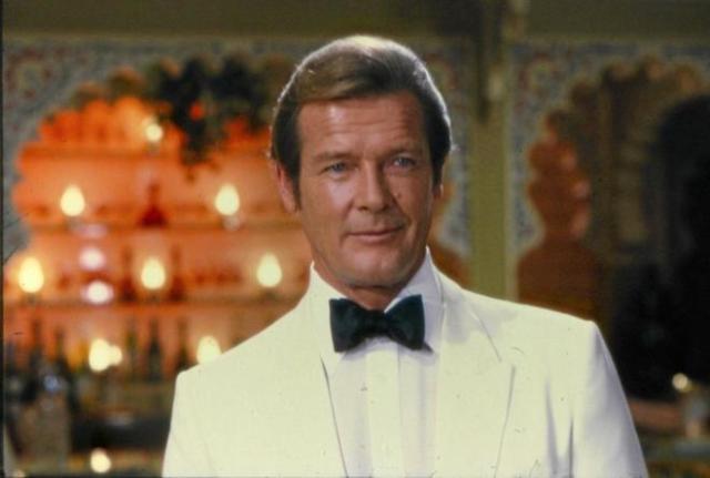 Muere actor de la saga James Bond, Roger Moore