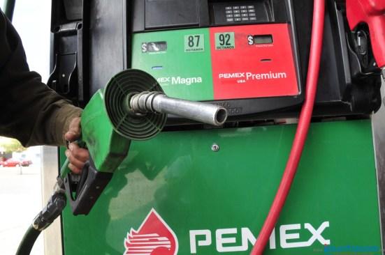 Gasolina y diésel bajan 3 centavos este inicio de semana