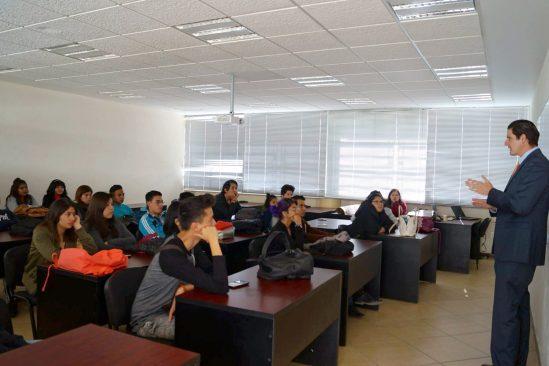 Huehuetoca de UAEM impulsa desarrollo académico de estudiantes