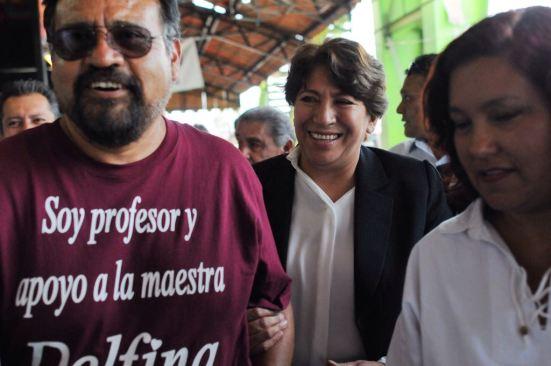Delfina Gómez recibe respaldo de maestros del Estado de México