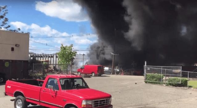 Avioneta se estrella en vecindario de Nueva Jersey
