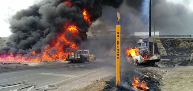 Explosión en toma clandestina Puebla-Orizaba