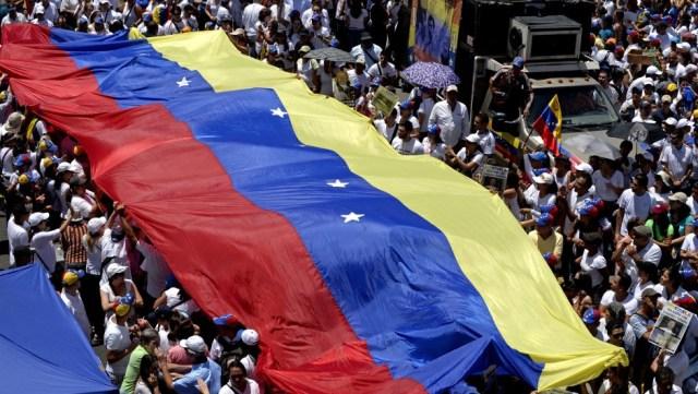 Protestas callejeras en Venezuela han dejado al menos 48 muertos
