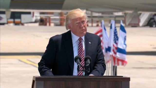 """Trump dijo que """"hará todo"""" para ayudar a israelíes y palestinos a alcanzar acuerdo de paz"""