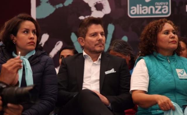 Ernesto Laguardia se une a la campaña de Alfredo Del Mazo