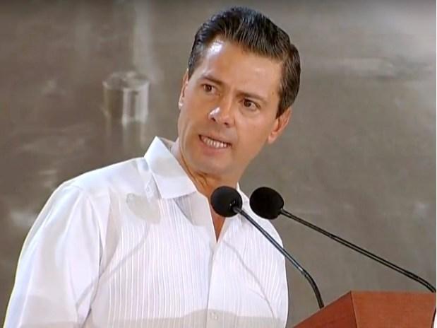 Peña Nieto inaugura planta de cervecera