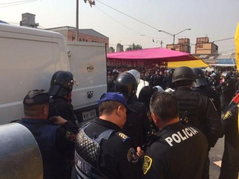 Balacera en Mercado Sonora deja a tres muertos
