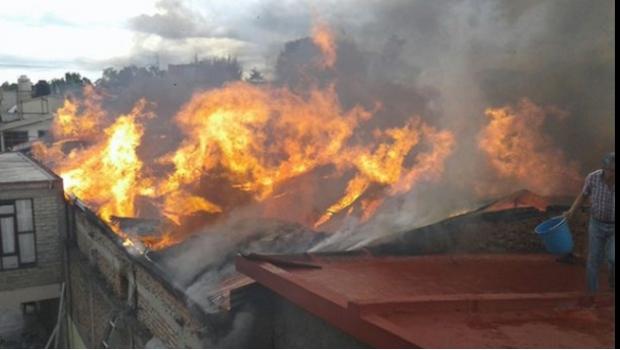 Incendio en tienda de autoservicio en Xochimilco