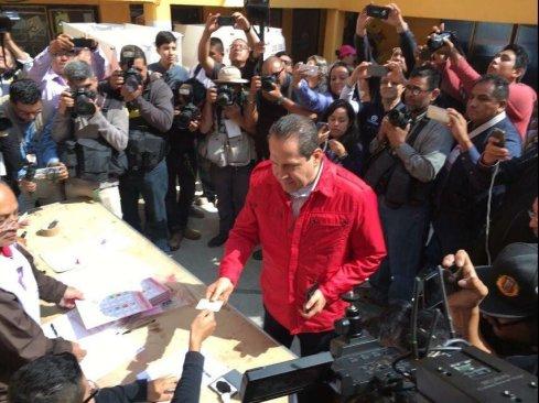 Eruviel Avila reporta sin incidente la jornada electoral