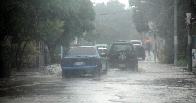 Alerta por fuertes lluvias en la Ciudad de México