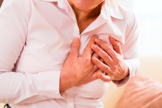 Hombres son más propensos a enfermedades del corazón