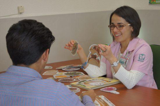 Reconoce IMSS poniente labor de personal nutricionista