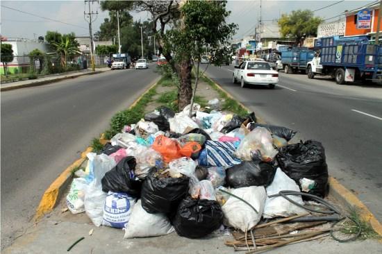 Multas a quien tire basura en Toluca