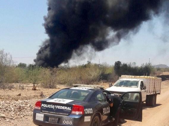 Huachicoleros provocan incendio en oleoducto en Sonora