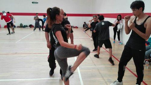 Alumnos y entrenador de kick boxing se integran a la Federación Mexicana de la especialidad