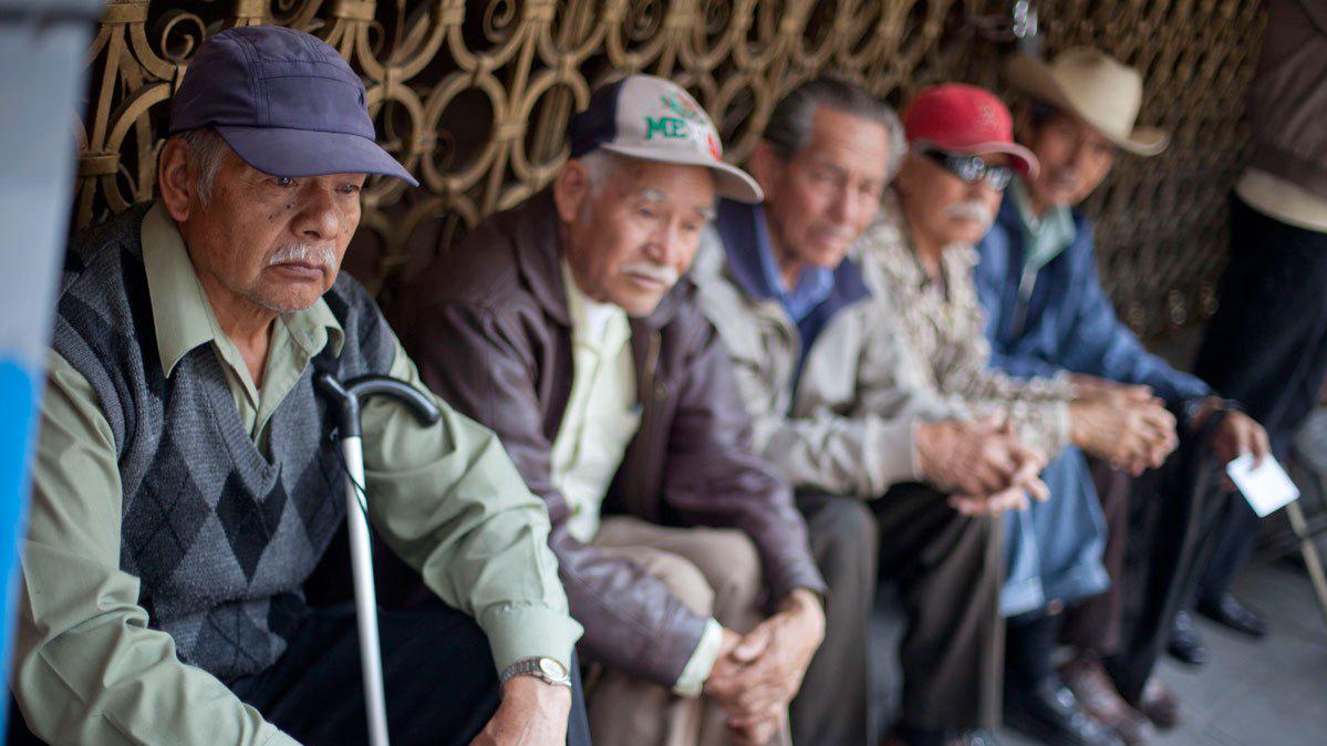 Hasta el 80 por ciento de las personas de la tercera edad vive en pobreza en el Estado de México