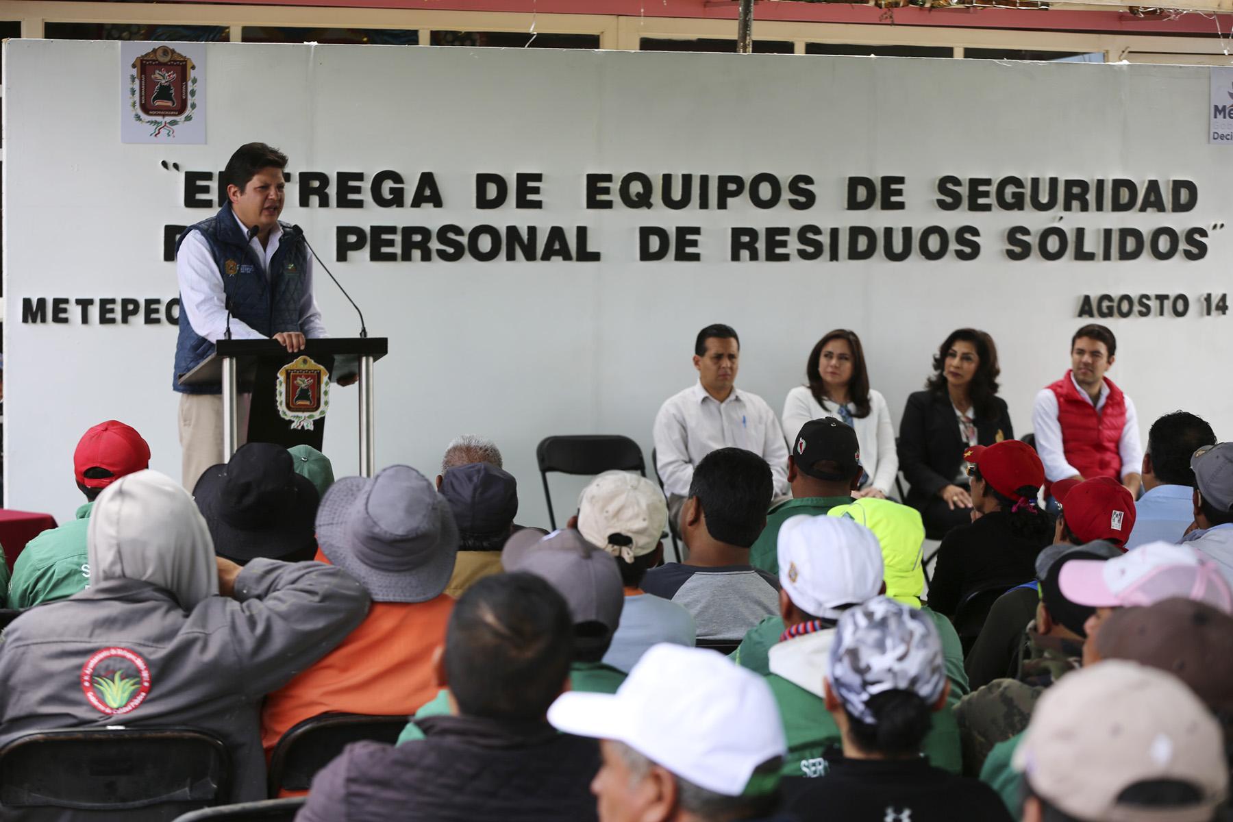 Metepec mejora condiciones de trabajo de servidores públicos municipales