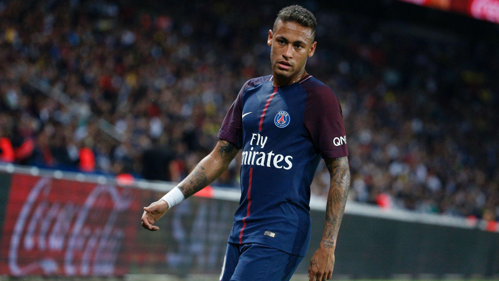 Neymar presumió disfraz de 'Joker' (FOTO)