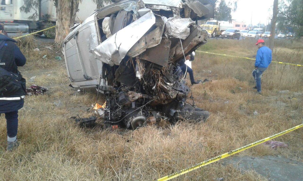 Dos muertos por un accidente de una camioneta en la Texcoco-Lechería
