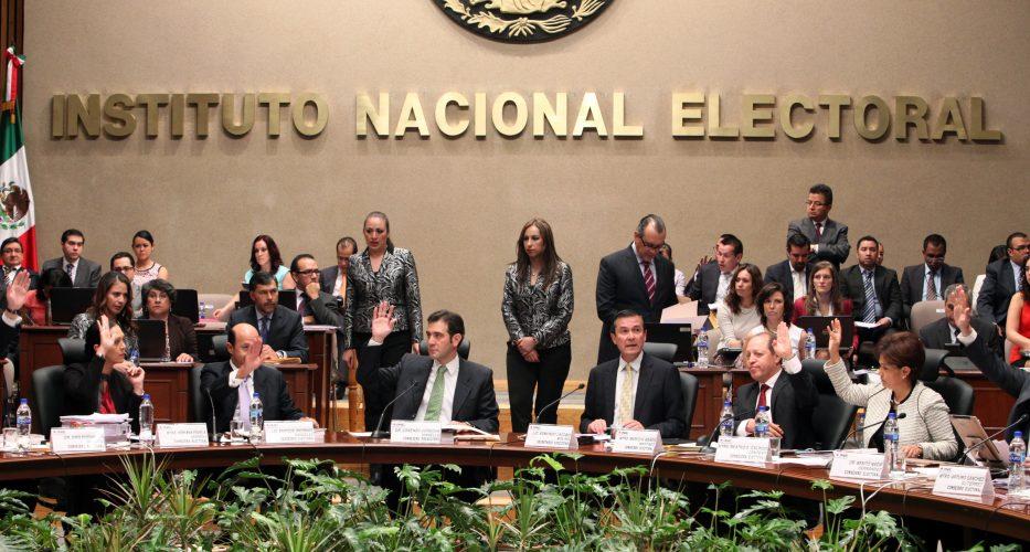 INE impone sanciones a precandidatos de 39 mdp por irregularidades en precampañas