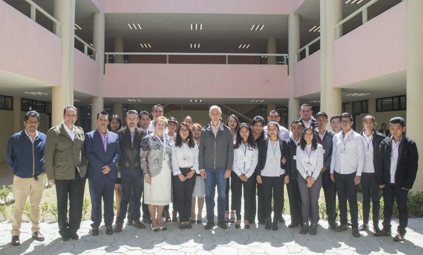 Recorre Gobernador nuevas instalaciones de la Universidad Politécnica del Valle de Toluca