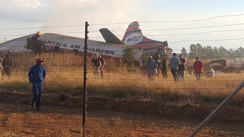 Se estrella un avión en la capital de Sudáfrica