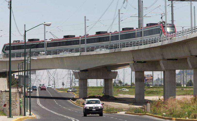 Cierre total en avenida tecnológico en su cruce con avenida las torres, por obras del tren interurbano México-Toluca