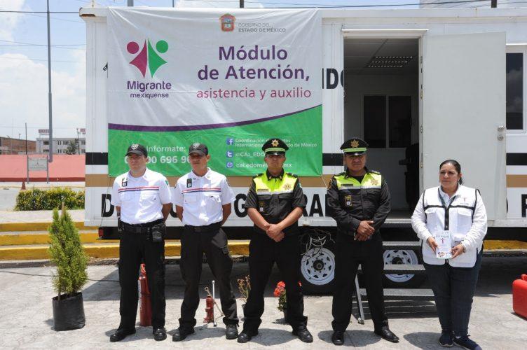 Apoyan Secretaría de Seguridad e Instituto Nacional de Migración a migrantes que visitan la entidad