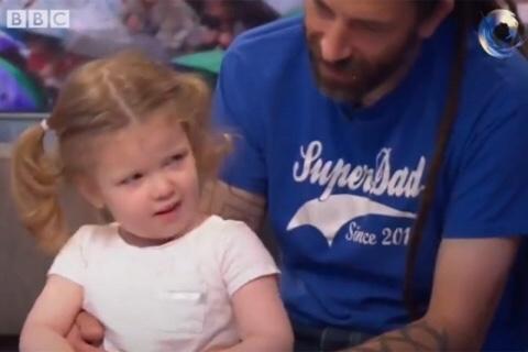 Ella es Ophelia, la niña de 3 años con coeficiente superior a Einsten