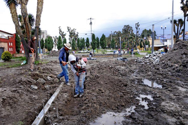 Dan mantenimiento al Parque Las Yucas en Sauces