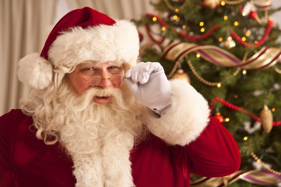 GRINGH: Hombre grita en festival infantil que Santa Claus no existe