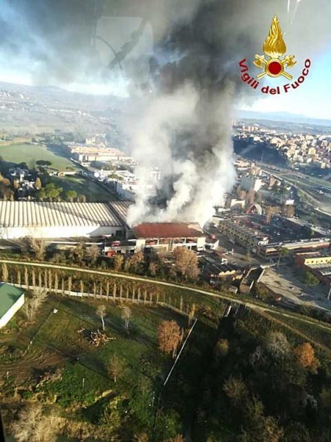 roma-incendio-basurero-humo11122018nota.jpg