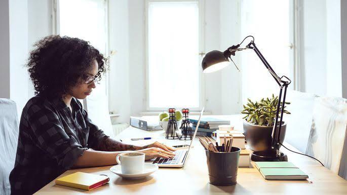 Proponen que capitalinos hagan Home Office