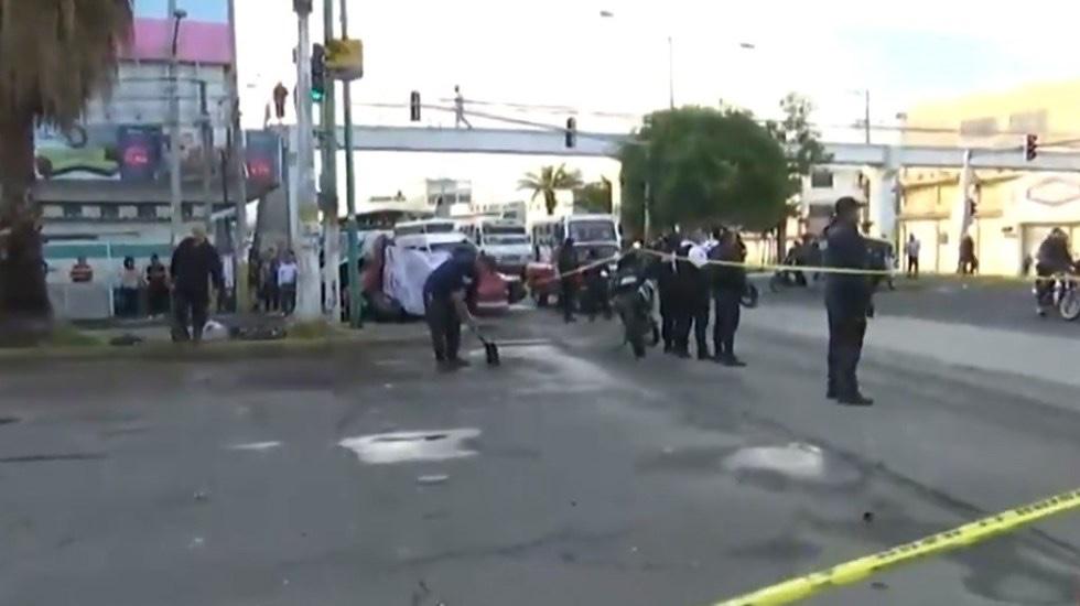 Aparatoso accidente deja dos personas muertas en Nezahualcóyotl