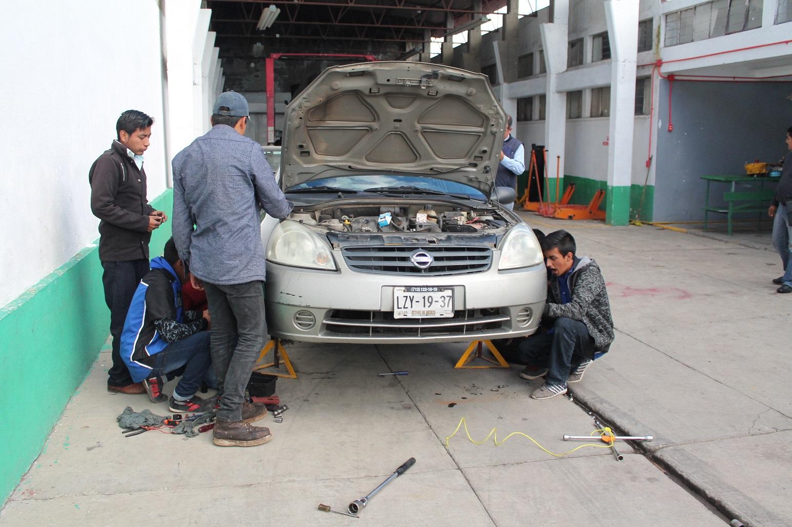 Suman más de 175 mil beneficiados con los programas de capacitación del ICATI en 2019