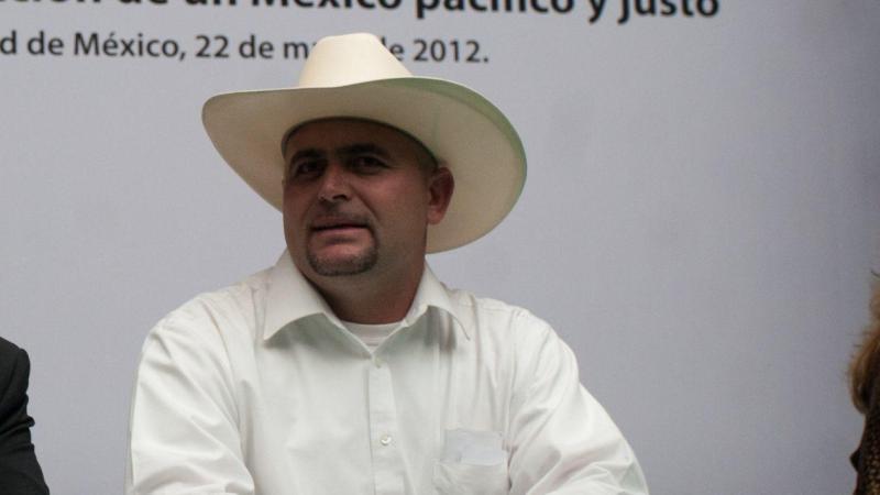 """Cuestiona Julián LeBarón: """"nadie nos ayudó ¿a quién solapan?"""""""