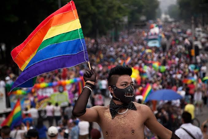CODHEM y Asociación Civil Fuera del Clóset exigen a La LX Legislatura leyes a favor de la población LGBTTTI