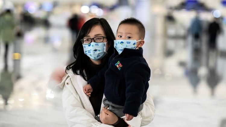 La Comisión Municipal de Salud de Shanghái (China) ha confirmado que una paciente infectada con el coronavirus fue dada de alta del hospital. Se trata del primer caso curado de neumonía vinculada al brote del nuevo coronavirus 2019-nCoV desde el brote.