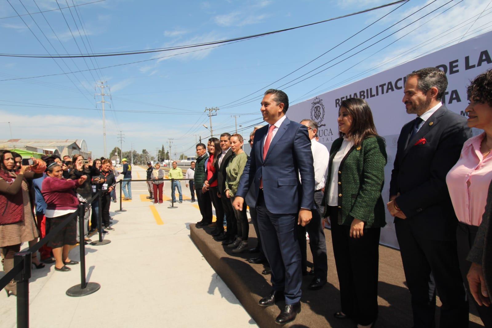 Inaugura Juan Rodolfo rehabilitación de la avenida Hacienda El Coecillo