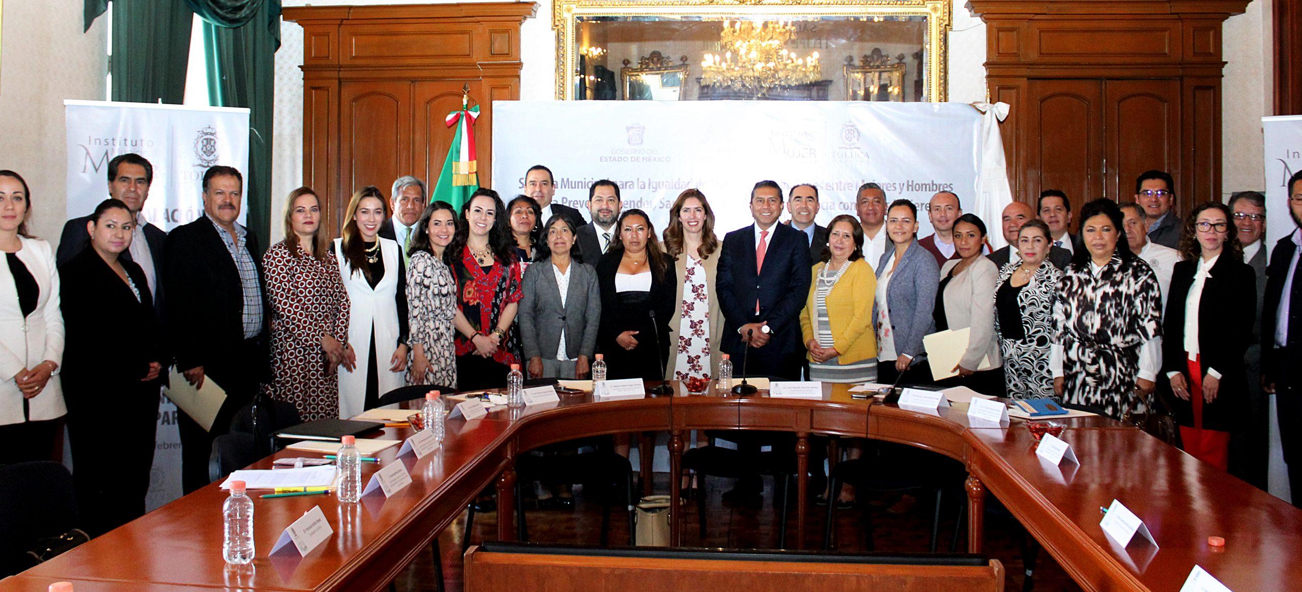 Empeñados en que Toluca sea una ciudad segura, principalmente para mujeres y niñas: Juan Rodolfo