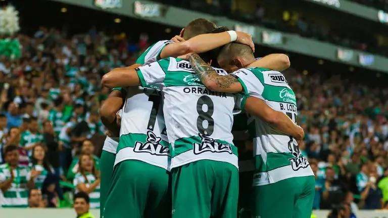 Ocho futbolistas del Santos Laguna dan positivo a COVID19