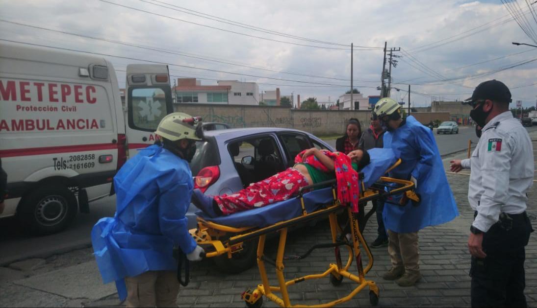 Asisten Policía y Protección Civil en la llegada de nuevo metepequense
