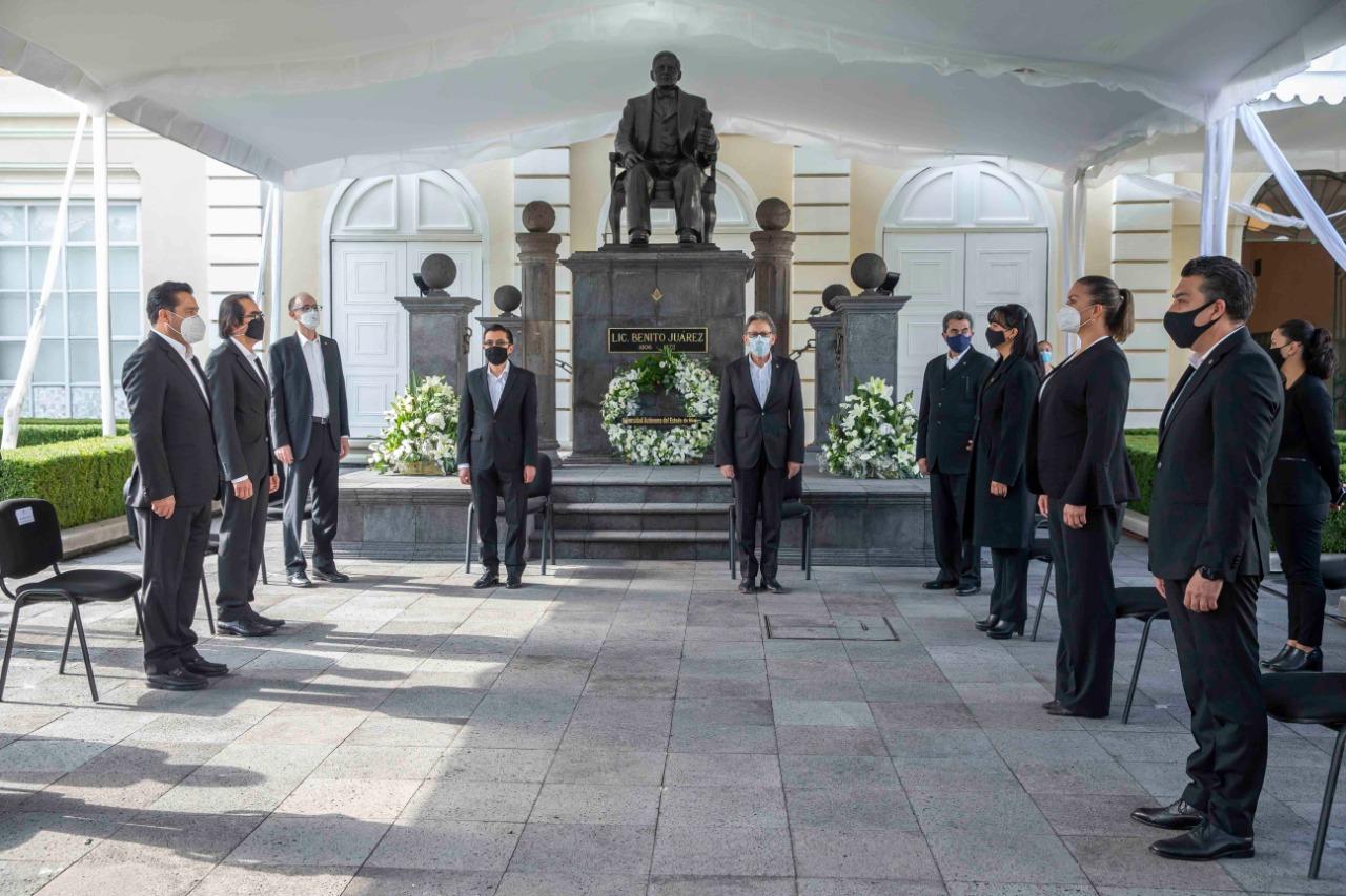 Alfredo Barrera encabezó ceremonia conmemorativa al aniversario luctuoso de Benito Juárez García