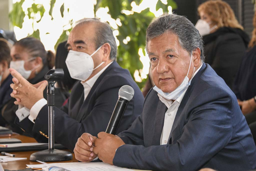 Propone Morena eliminar más de 700 sindicaturas y regidurías