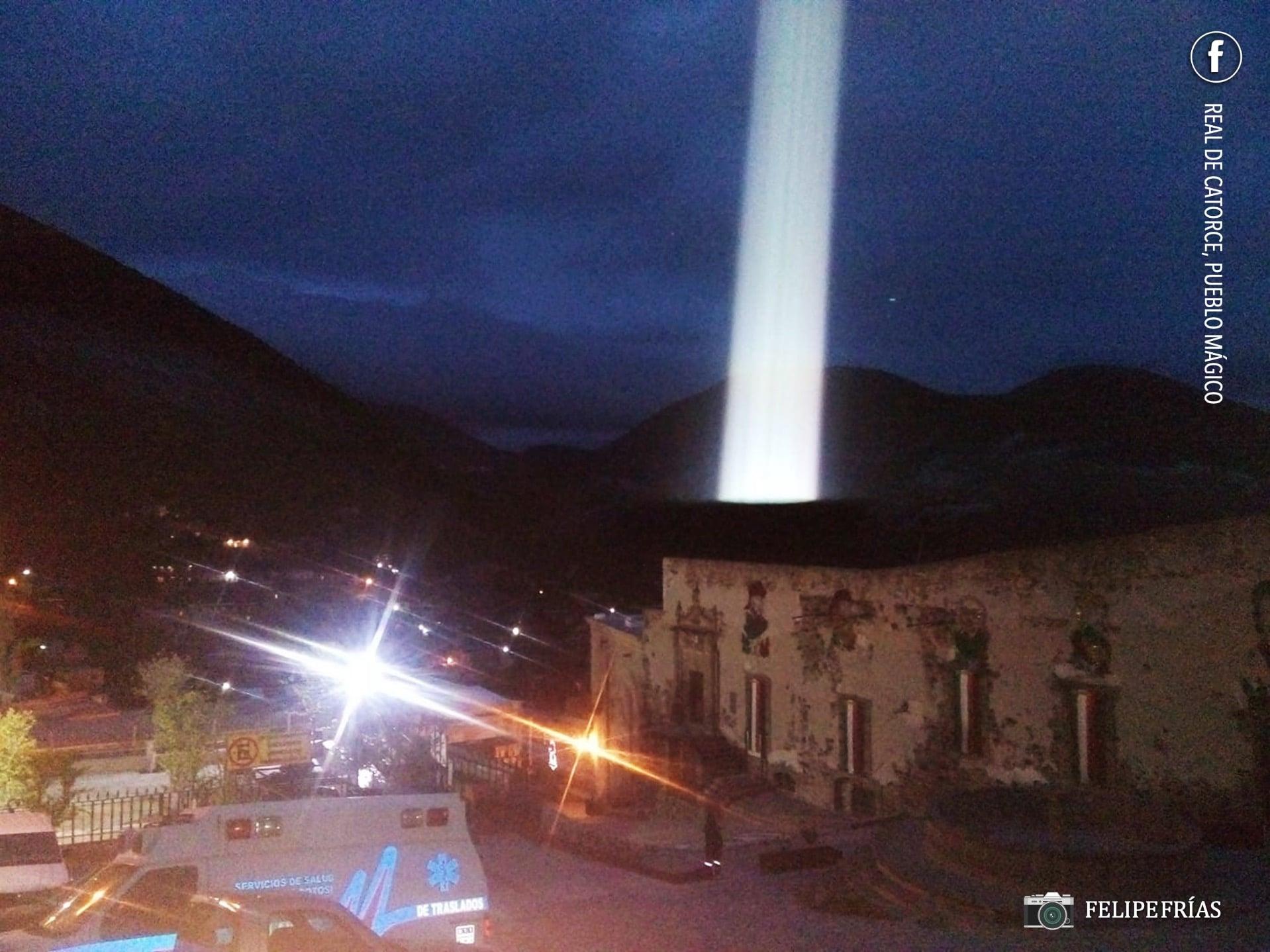 Revelan foto de misterioso haz de luz en Real de Catorce